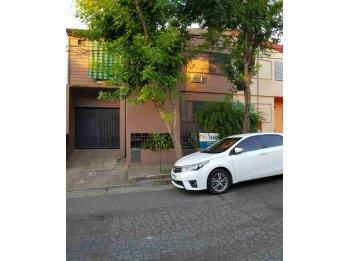 Casa en Venta calle Bruno Alarcon.