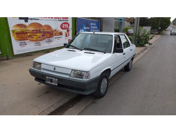 Renault 9 94 gnc y aire