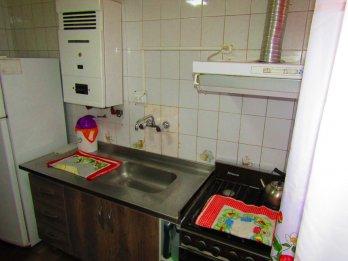 Alquiler temporario, casa zona centro, t. los servicios