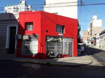 ALQUILO OFICINA EN PLANTA ALTA CALLE CÓRDOBA Y 25 DE JUNIO