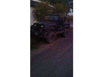 vendo o permuto jeep motor 188