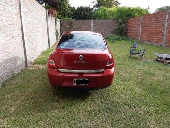 Vendo Renault Symbol Confort 1.6 16 vál. GNC 2010 prim. mano