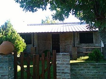 Alquilo o Vendo, casa, 2dorm.,coc.com.,baño,2 terr.900m2