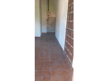 Alquilo Dto. de dos dormitorios en calle Av. Ramirez.