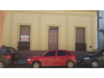 VENDO HERMOSA CASA ANTIGUA. ZONA CENTRO. 544 M2