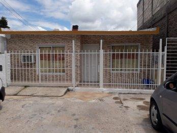 Casa (muy buena propiedad) - Zona Miguel David y Garrigó